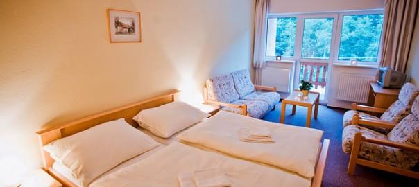 hotel-1191726_640
